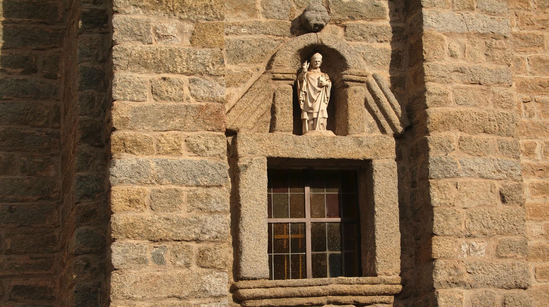 esterno Cattedrale San Pietro Tempio Pausania