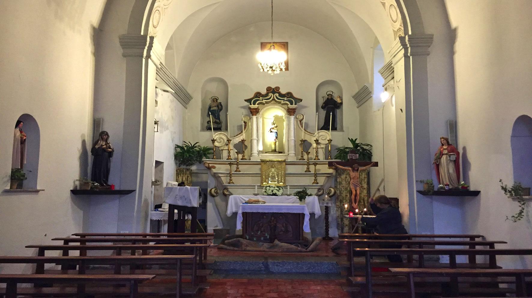 interno Chiesa Nostra Signora del Pilar, Tempio Pausania
